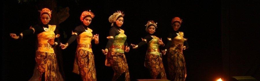 Tari-Teater-JAB-PBSI-UAD-Sule-Subaweh1